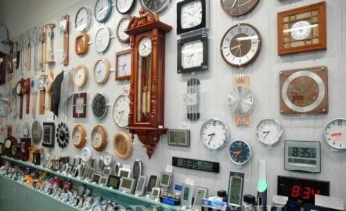Kolik je hodin? Nevím, nemám hodiny