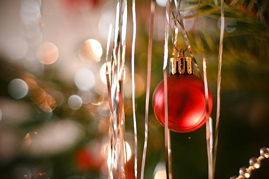 Vánoční soutěž pro děti o nafukovací létající talíř nebo čepici Ušáčci