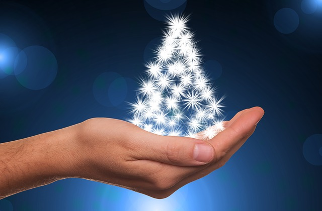 Měsíc Prosinec se blíží, brzy budou Vánoce