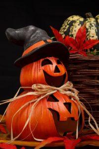 Halloween a vyřezávaná dýně
